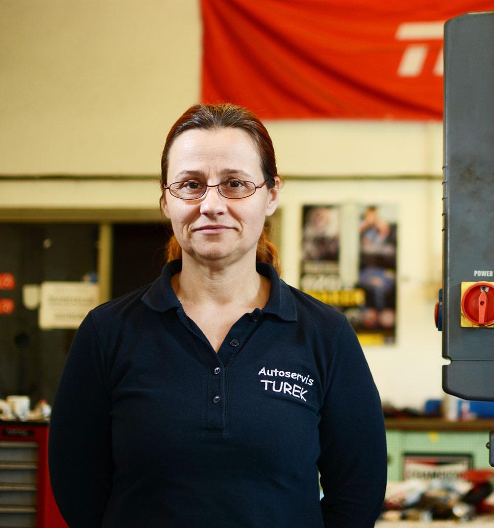 Irena Petir Automehaničarka